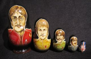 1996 Beatles Sgt Peppers Lonely Hearts Club Band Nesting Dolls