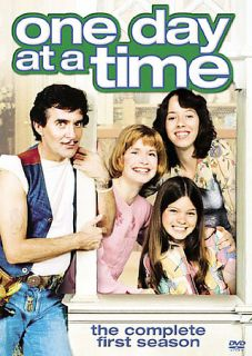 One Day at a Time   The Complete First Season DVD, 2007, 2 Disc Set