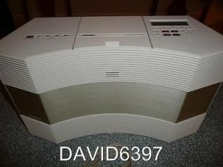 BOSE ACOUSTIC WAVE MUSIC SYSTEM CD 3000 IN PLATINUM WHT