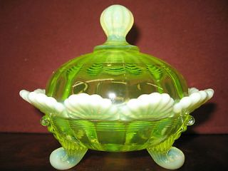 Vaseline Opalescent glass klondyke pattern Covered Candy dish butter