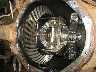 00 07 Chevy Suburban GMC Yukon XL 2500 Rear End Differential 14 Bolt 3