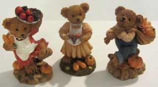 2002 HOME INTERIORS AND GIFTS 3 FALL HARVEST BEARS 11768   CHINA