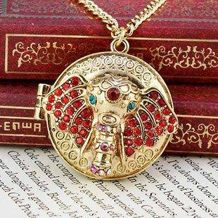 elephant necklace in Necklaces & Pendants