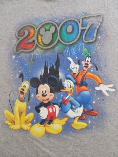 Disney 2007 Mickey Mouse Goofy Donald Duck Pluto Casual Gray T Shirt