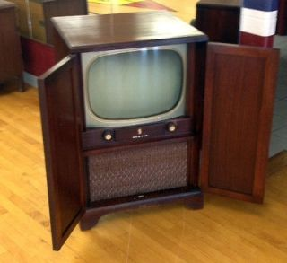Antique/Vintage Zenith Console Television Set with closing cabinet