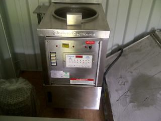 Collectramatic Pressure Fryer   For Chicken   NSF approved