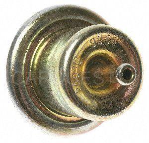 Standard Motor Products PR210 Fuel Injection Pressure Regulator