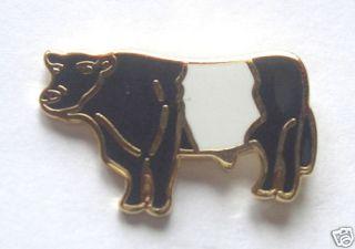 BULL BELTED GALLOWAY   COW   BULL ENAMEL LAPEL PIN BADGE