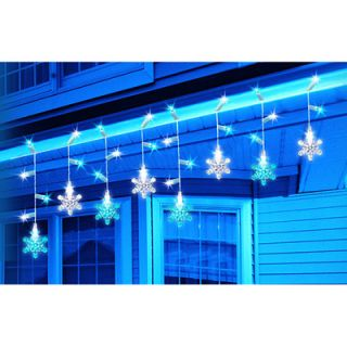 LED Color Changing Snowflake Icicle Light Set   30 Blue and White