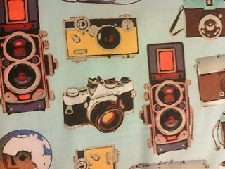 CAMERAS VINTAGE TRAVEL CAMERA BLUE COTTON FABRIC FQ