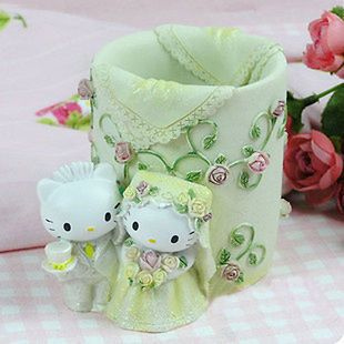 Hello Kitty & Dear Daniel White Color Flower Wedding Dress Design Pen