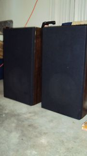 Floor Standing Speakers Pair in Home Speakers & Subwoofers