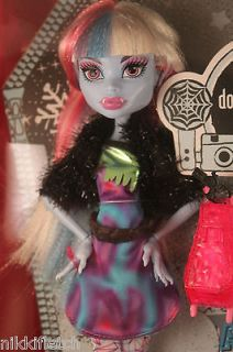 Monster High Picture Day Abbey Bominable Doll with Fearbook *IN HAND*