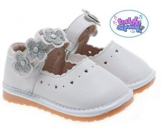 Little Blue Lamb Girls / Toddler White + Silver Leather Lined Squeaky