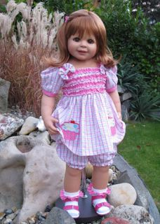 Masterpiece Pocketful of Sweetness Monika Peter Leicht Doll 32 Strb