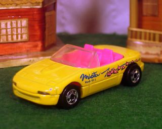 HOT WHEELS CAR MAZDA MIATA MX 5 PINK INTERIOR CONVERTIBLE CHROME RIMS