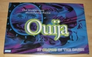 Parker Brothers GLOW in the DARK OUIJA BOARD GAME LARGE CLEAR PICTURES