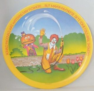 Ronald McDonald Vintage 1977 Collectors Dinner Plate Seasons