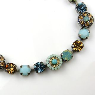 Mariana Handmade Swarovski Bracelet 4044 812 opal crystals citrine
