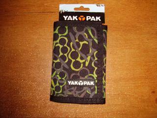 yak pak brass knuckles camo tri fold velcro wallet new