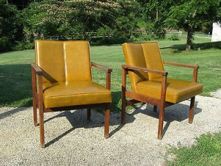 MID CENTURY MODERN LEATHER LOUNGE CHAIRS BY MONARCH FURNITURE COMPANY
