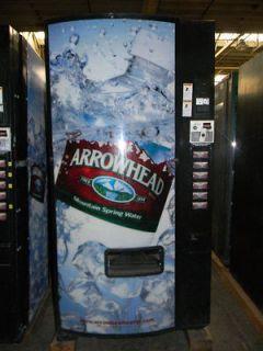 SODA POP ARROWHEAD WATER CAN BOTTLE VENDING MACHINE DIXIE NARCO 522 E