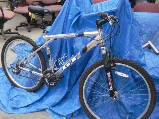 AGGRESSOR 2 0 GT TRIPLE TRIANGLE MOUNTAIN BIKE BICYCLE ALUMINUM