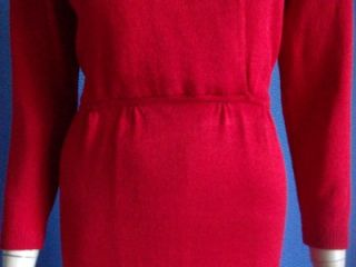 ST JOHN SANTANA KNIT RED WITH GOLD & CRYSTAL BUTTONS DRESS +FREE BELT