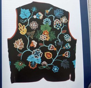 American Indian Art Magazine  Autumn 1997 Tab Pouches Floral Beadwork