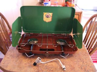 Excellent condition American Camper 2 burner propane camp stove