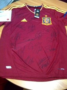 2012 o Champions Spain signed home soccer jersey with COA.