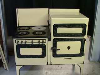 Vintage Antique Chambers Gas Stove Oven Buttercup Yellow Working