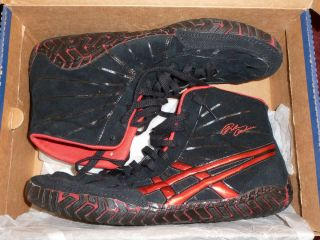 ULTRA RARE ASIC RULON GARDNER BLACK AND RED WRESTLING SHOES
