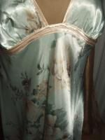 Gorgeous Jones New York Satin Long Gown