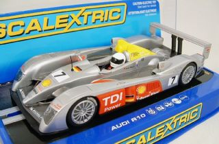 scalextric c2905 audi r10 7 le mans 1 32 scale slot car brand new in