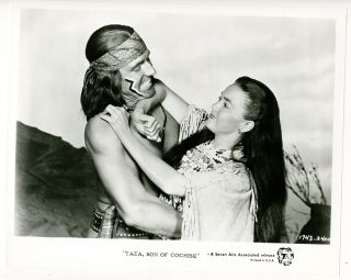 Photo Rock Hudson Barbara Rush Taza Son of Cochise 1954 1960s TV