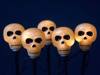 Good Tidings CIT90238 Halloween Scary Skull Pathway Markers, 5 Pack