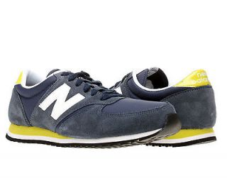 new balance 420 grey in Clothing,