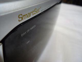 Emerson Smartset Am FM Clock Radio CKS3020 w Alarm