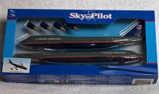 Sky Pilot Boeing 747 United Airlines Display Model ~ SHIPS FREE