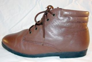 Vtg Whiskey Brown Leather Lace Up Ankle Riding Womens Boots Grunge