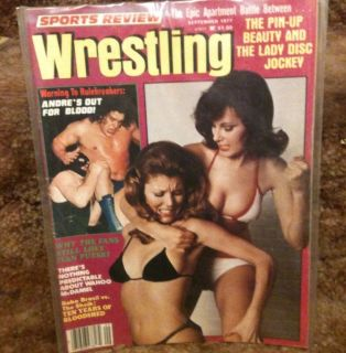 Review Wrestling Magazine Nov 1977 Andre the Giant Womens Apartment