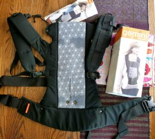 Pre owned BECO GEMINI Organic 4in1 Baby Carrier Front Hip Back Carry