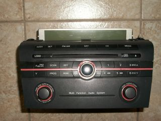 06 07 2006 2007 Mazda 3 CD /  Player/ Radio Tuner / + Display OEM