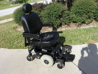 PRIDE JAZZY 610 POWER WHEEL CHAIR   LIKE NEW  BRAND NEW BATTERIES 35Ah