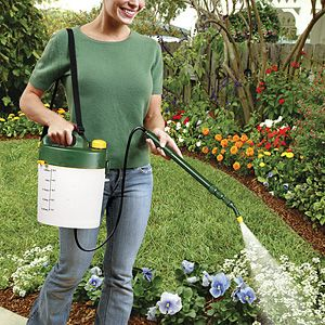 Battery Powered Lawn Watering or Deicer Sprayer