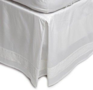 Queen Bedskirt Solid White Alabaster Dot Tailored Trousseau 18