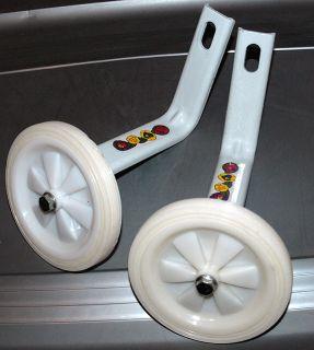 Bicycle Training Wheels for 16 Bikes White White Wheels