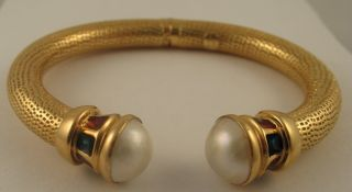 GORGEOUS Biko Mabe Pearl Enamel 18k Yellow Gold Bangle Bracelet