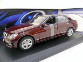 Maisto 1 18 31172 Mercedes Benz E Class Maroon